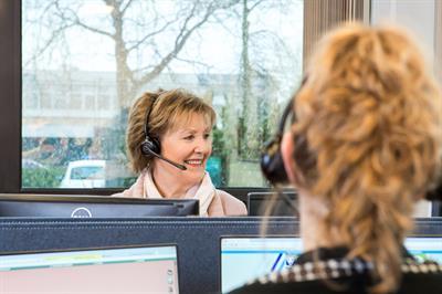 De gemeente is telefonisch bereikbaar via 14 035.